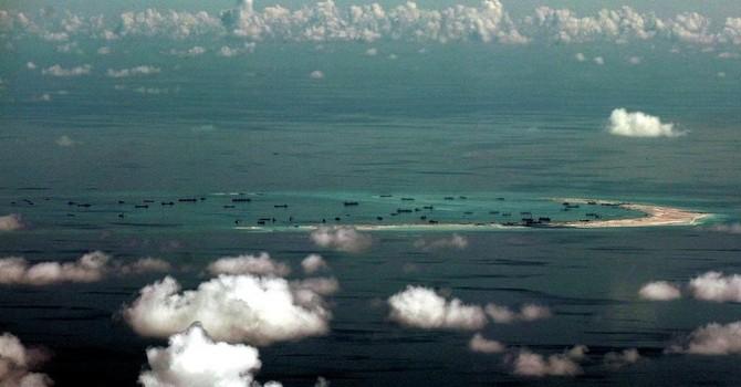 Trung - Mỹ, trò chơi hai mặt ở Biển Đông