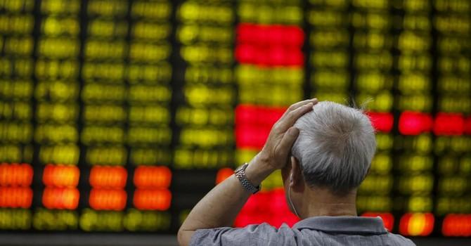 Chứng khoán Trung Quốc giảm thê thảm, lãnh đạo cơ quan phát hành bị bắt