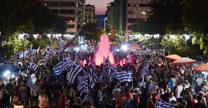 """Hy Lạp: Động đất từ một chữ """"không"""""""