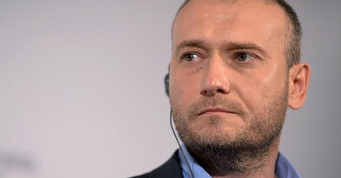 Thủ lĩnh Pravyi Sector kêu gọi hành động đòi bãi chức Bộ trưởng Nội vụ Ukraine