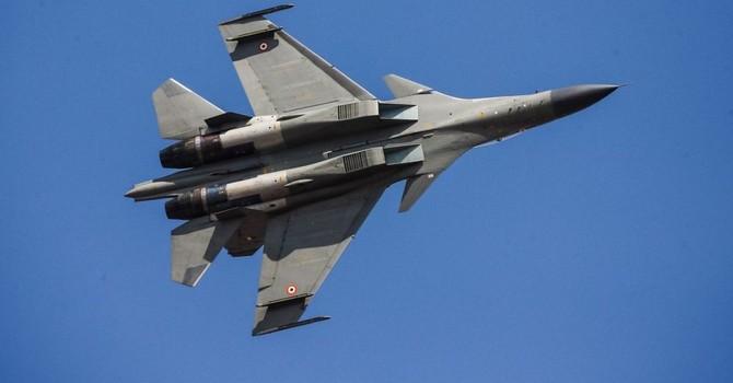 Phi công Ấn Độ lái Su-30 thắng áp đảo các đồng nghiệp Anh lái Typhoon