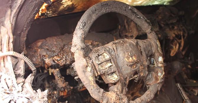 Nhiều xe bọc thép của OSCE bị đốt cháy ở Donetsk