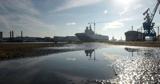 Nga tự chế tạo siêu tàu sân bay hạt nhân thay Mistral