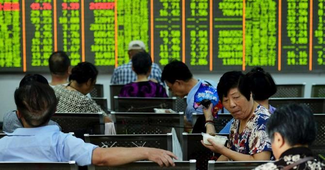 Kinh tế Trung Quốc hụt hơi, doanh nghiệp nước ngoài cảnh giác