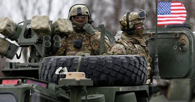 """Mỹ đưa xe tăng và pháo binh đến Bulgaria để """"kiềm chế"""" Nga"""