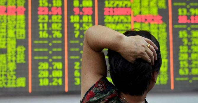 Vì sao thị trường chứng khoán Trung Quốc rơi 6%?