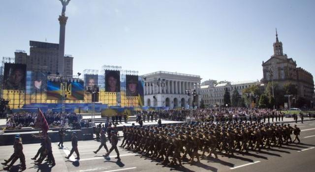 Tổng thống Ukraine Poroshenko: Nga đe dọa nền độc lập Ukraine