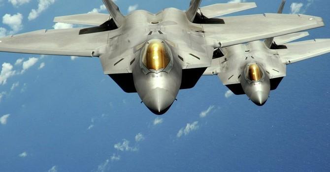"""Máy bay chiến đấu Mỹ không thể """"đấu"""" với tiêm kích Nga và Trung Quốc"""