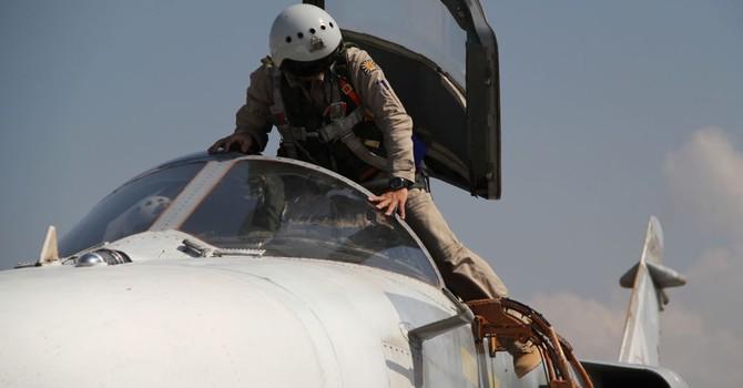 Không quân Nga đánh bom 10 mục tiêu IS ở Syria