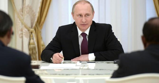 Ông Putin bác khả năng dùng lực lượng vũ trang Nga tấn công vào Syria