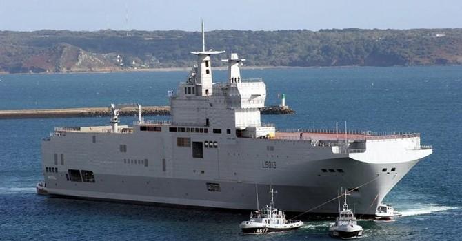 Ai Cập ký hợp đồng mua hai chiến hạm Mistral của Pháp