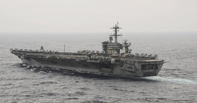 Bộ trưởng Quốc phòng Mỹ dùng tàu sân bay thị sát Biển Đông