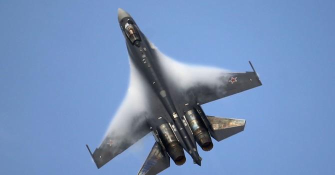 Không quân Nga điều chiến đấu cơ Su-35 và Su-30SM tập trận quy mô lớn