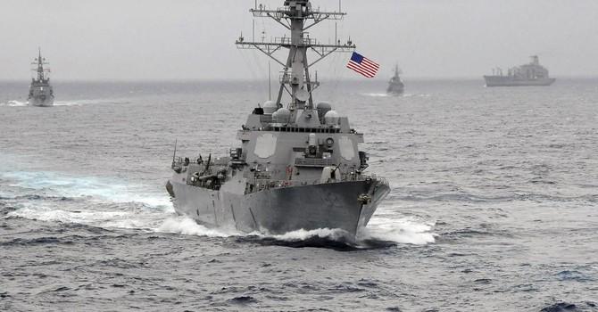 Tàu khu trục tuần tra Trường Sa: Mỹ bị nghi mềm yếu trước Trung Quốc