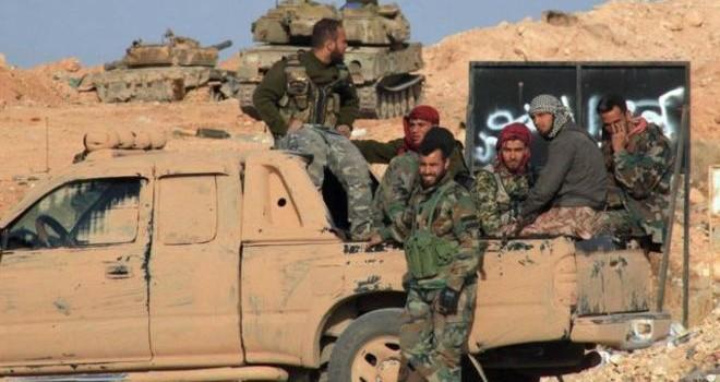 """Quân đội Syria """"bẻ gãy"""" vòng vây IS"""