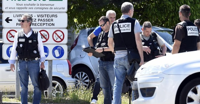 Pháp tuyên chiến với tổ chức Daech sau vụ khủng bố ở Paris