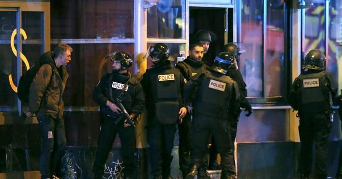 Quốc tế phẫn nộ lên án loạt khủng bố ở Paris