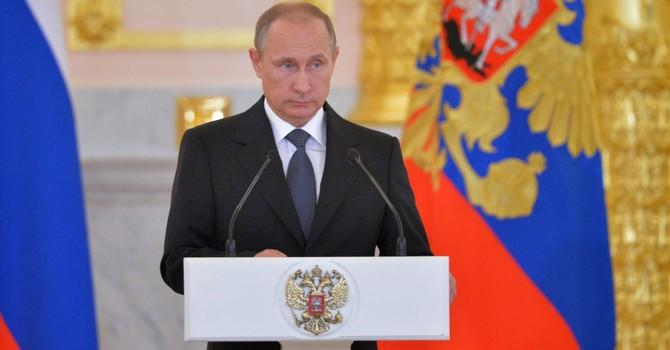 Ông Putin: Có kẻ kiếm hàng tỷ USD nhờ buôn người, buôn lậu dầu và vũ khí