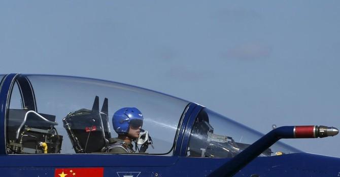 Không quân Trung Quốc thị uy, phi cơ Nhật nghênh chiến