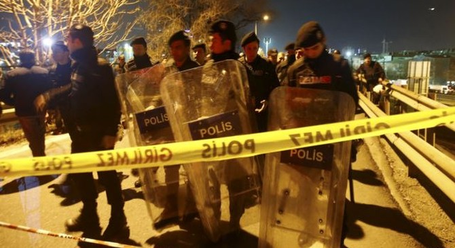 Nổ ở Istanbul gây thương tích, tàu điện ngưng trệ