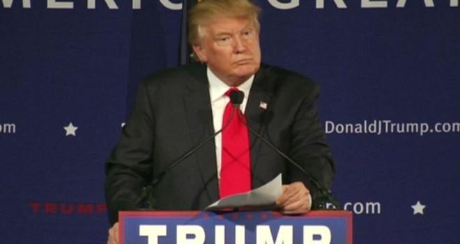 Donald Trump có đi quá xa?