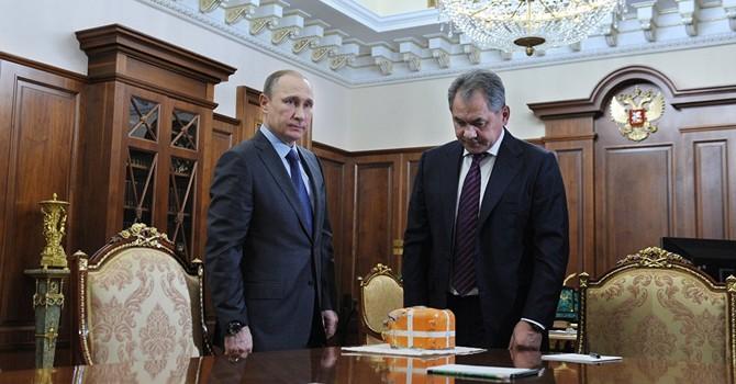 """Bộ trưởng Quốc phòng Nga gặp ông Putin báo cáo về """"hộp đen"""" Su-24"""