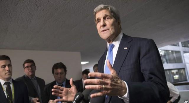 """Ông Putin phát tín hiệu, Ngoại trưởng Mỹ chuẩn bị tới Moscow """"mặc cả"""" vấn đề Syria"""