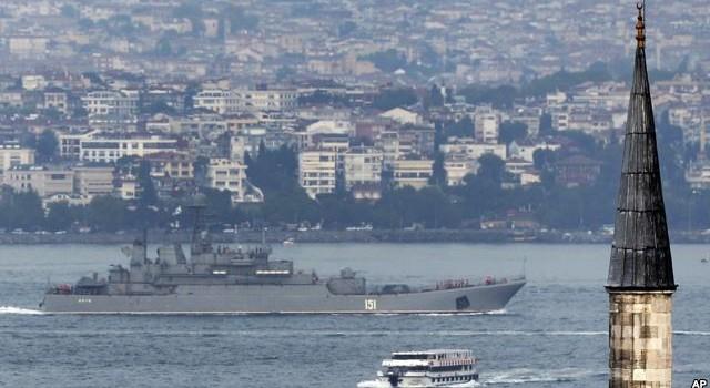 Thổ Nhĩ Kỳ có thể chơi lá bài môi trường để chặn tàu Nga qua các eo biển
