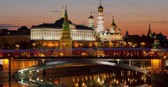 """Điện Kremlin """"thề"""" Nga sẽ đáp trả lệnh trừng phạt của Mỹ"""