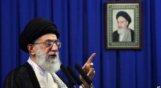 Lãnh tụ tối cao Iran nguyền rủa Ả Rập Saudi vì đã hành quyết giáo sĩ