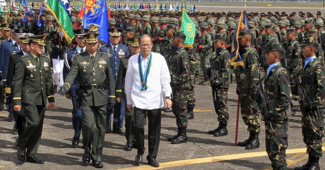 Tổng thống Philippines thúc ASEAN gây sức ép lên Trung Quốc về vấn đề Biển Đông
