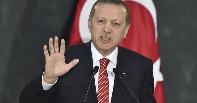 """""""Erdogan là hiện thân những cơn ác mộng tồi tệ nhất của Thổ Nhĩ Kỳ"""""""