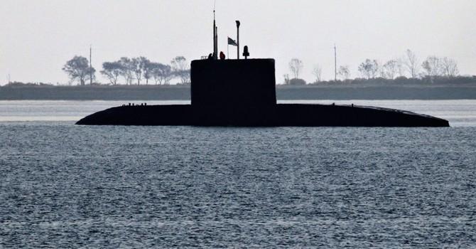 """Tàu ngầm lớp Lada chạy êm hơn cả """"sát thủ thầm lặng"""" Varshavyanka"""