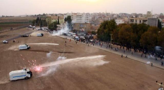 Thổ Nhĩ Kỳ bắt giữ trí thức ký kiến nghị ủng hộ người Kurd