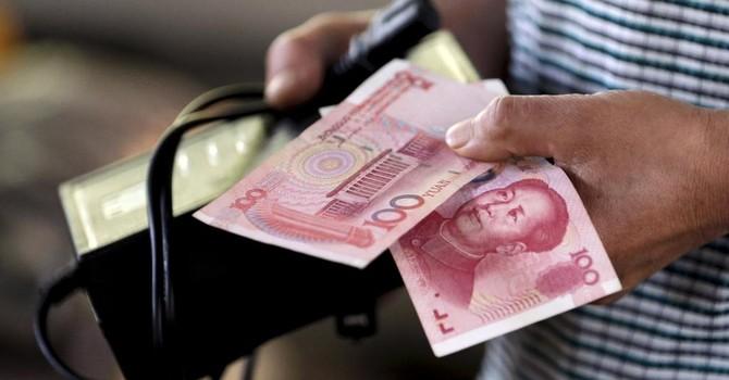 """Trung Quốc """"bơm"""" gần 50 tỷ USD để khuyến khích dân tiêu Tết"""