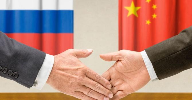 """Báo Trung Quốc bất ngờ """"hâm nóng"""" mối quan hệ Nga - Trung"""