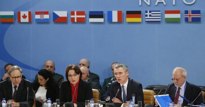 NATO tái bố trí lực lượng ở Đông Âu để răn đe Nga
