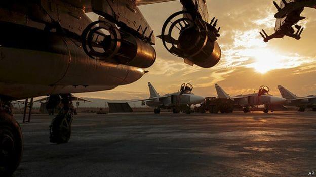 """Thủ tướng Pháp kêu gọi Nga """"cần chấm dứt đánh bom dân thường Syria"""""""