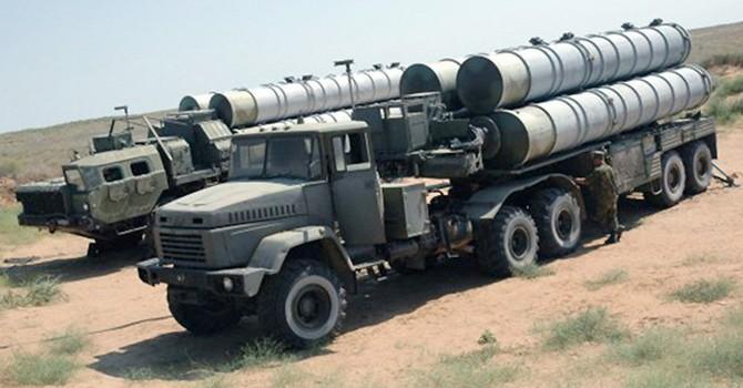 Nga đã ký hợp đồng bán hệ thống phòng không S-300 cho Iran