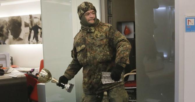 Các ngân hàng Nga ở Ukraine bị đập phá
