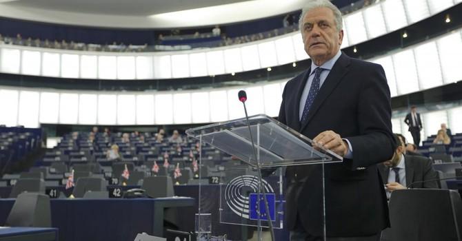 Khối Schengen châu Âu: Ngàn cân treo sợi tóc