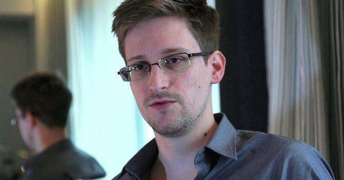 Ông Trump: Nga phải trả Snowden về Mỹ