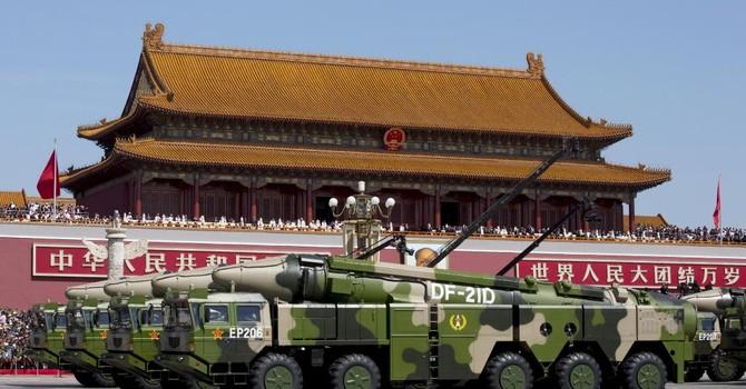 """Đằng sau nguyên nhân Trung Quốc """"ngậm ngùi"""" cắt giảm ngân sách quốc phòng"""
