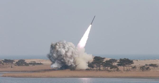 """Hàn Quốc chuẩn bị ra """"đòn hiểm"""" với Triều Tiên"""