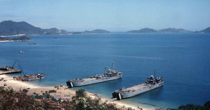 Báo Nga: Tàu chiến Nga sẽ được nhận ưu đãi khi ghé cảng Cam Ranh