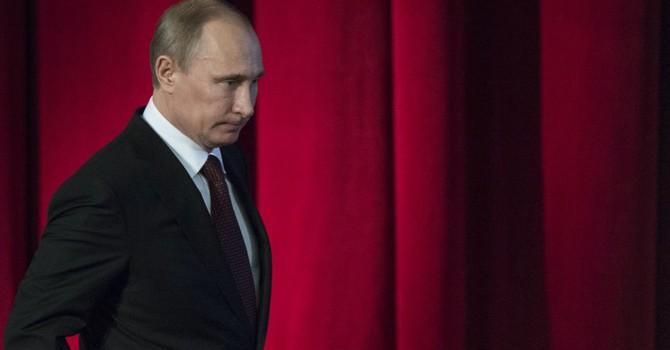 Nghị viện châu Âu kêu gọi áp lệnh trừng phạt ông Putin