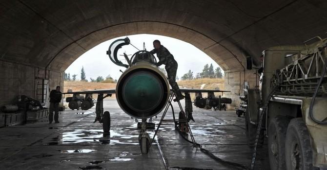 Máy bay MiG-21 của Không quân Syria bị bắn hạ