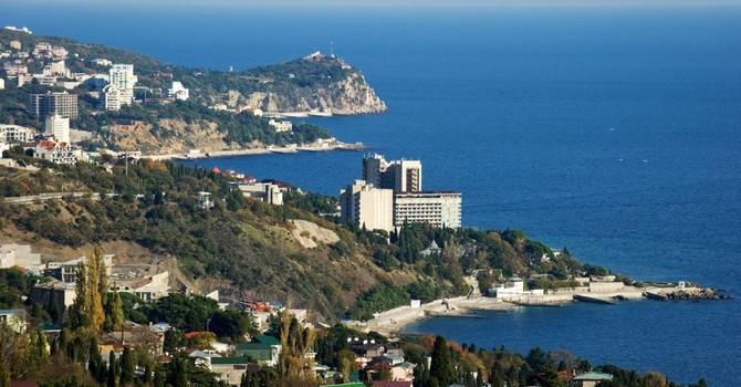 """""""Thân"""" với Ukraine, Thổ Nhĩ Kỳ tham gia phong tỏa Crimea"""