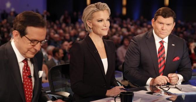 Vì sao ông Donald Trump ghét cay đắng nữ phóng viên quyến rũ của Fox News?