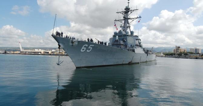 Thuyền trưởng hải quân Mỹ ngồi tù vì đổi thông tin mật lấy sex